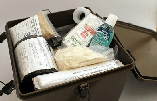 323-first-aid-kit-2