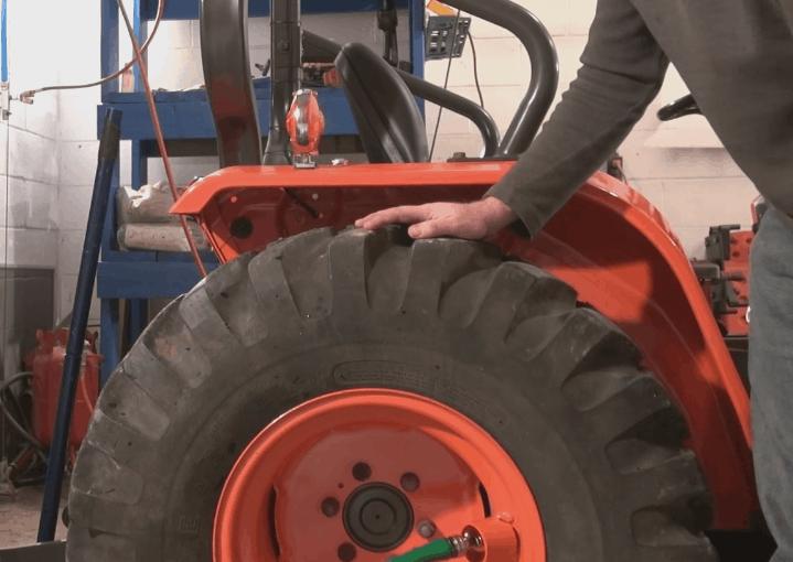 Restoring a Kubota B20 Tractor – Part 8